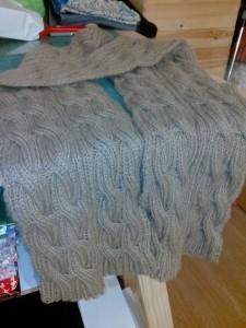 charpe torsades tricot e main l atelier de tina. Black Bedroom Furniture Sets. Home Design Ideas